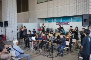 1006 そごう横浜2Fはまテラス The Accel Jazz Express (c)YJP(撮影:クルー和田) (19)